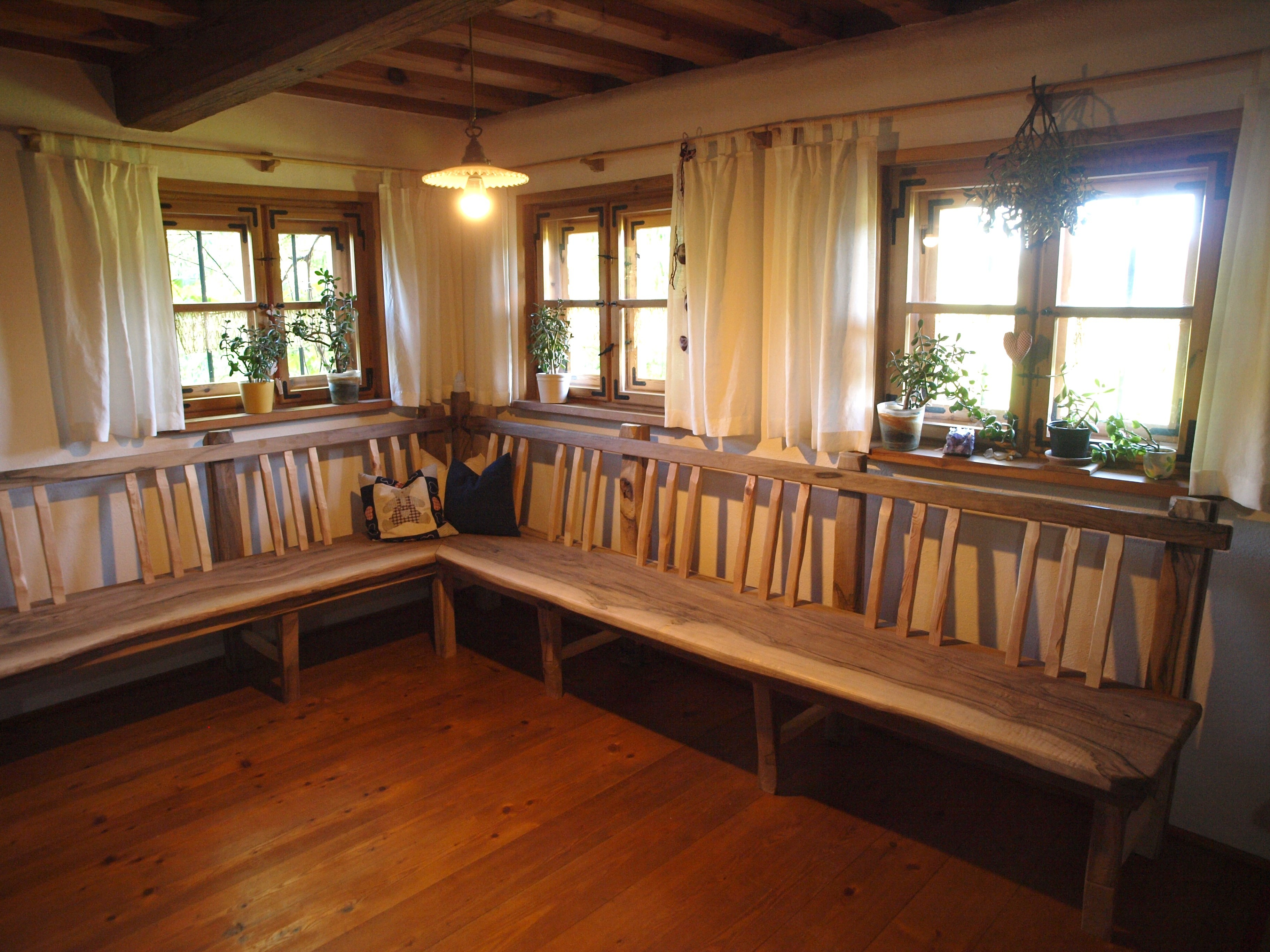 Eckbank altholz  Ursprüngliches Handwerk | SEIDL – Tradition und Kunsthandwerk aus Holz